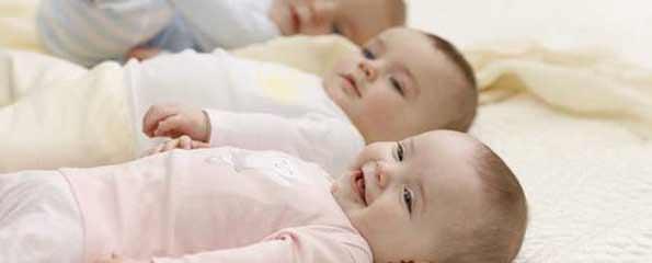 """cómo comprar ropa de bebé en los mayoristas """"class ="""" wp-image-1182 """"width ="""" 660 """"srcset ="""" https://autonomobrasil.com/wp-content/uploads/2013/06/Baby-Center-clothes-to -bebe-importadas1.jpg 595w, https://autonomobrasil.com/wp-content/uploads/2013/06/Baby-Center-beauty-clothes-300x121.jpg 300w """"tamaños ="""" (ancho máximo : 595px) 100vw, 595px"""