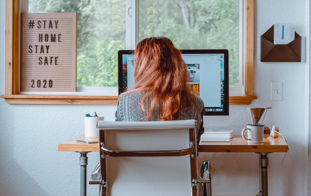 Lucrando em casa: como se organizar em tempos de home office