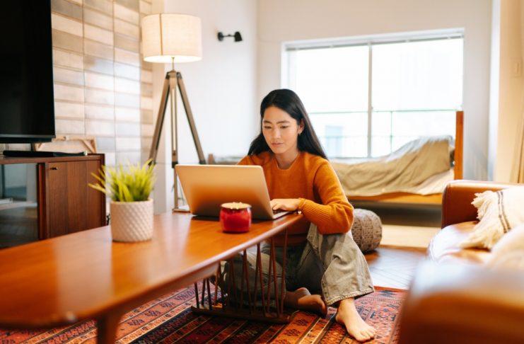 Como e onde encontrar contratações remotas para sua startup